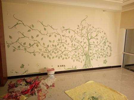 范炳辉师傅:健康树客厅墙面.jpg